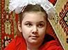 Девятилетней Кристине Латыповой необходим тренажер, чтобы научиться ходить