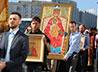 Участники крестного хода «За жизнь» совершили молебен в Скорбященской обители