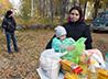 Продуктовые наборы вручили 53 малоимущим семьям п. Левиха