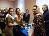 Участницы конкурса «Миссис Екатеринбург» помогают работе гуманитарного склада