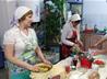 Серовские волонтеры готовят горячие обеды для бездомных и малоимущих
