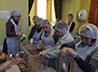 Очередная фасовка «Народных обедов» прошла 28 июня в трапезной Собора Успения Пресвятой Богородицы