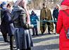 Активисты молодежного служения храма Сергия Радонежского помогают семье и школе