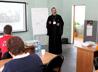 В качестве «играющего тренера» на межрегиональной конференции выступил каменский священник