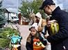 В храме села Мезенского провели осеннюю ярмарку и школьную акцию
