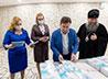 Владыка Евгений передал в школы Свердловской области новые учебные пособия