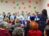 Жители Сосьвы устроили для своих пожилых земляков концерт и праздничное чаепитие