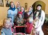 Воспитанники Знаменского храма посетили мастер-класс по лепке из глины