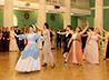 100 выпускников уральских школ стали участниками Императорского бала в Екатеринбурге.