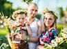 Празднование Дня семьи, любви и верности в Сухом Логу завершилось ромашковой фотосессией