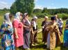 К престольному празднику жители деревни Гуни побелили и украсили церковь