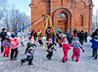 Приходская школа «Илиотропион» провела для жителей Нижней Туры веселую Масленицу