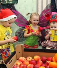 Сёстры Ново-Тихвинского монастыря приглашают всех присоединиться к рождественской акции «Подарите детям праздник!»