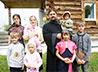 Многодетная семья священника благодарит за помощь: скважина запущена!