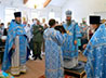 Новоуральский храм встретил престольный праздник архиерейской Литургией