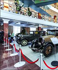Молодежь приходских клубов побывала в музее «Боевая слава Урала»