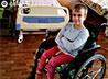Добровольцы проекта «Мама на час» подарили сироте инвалидную коляску