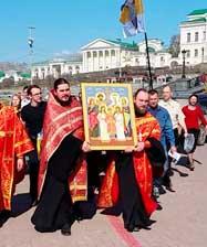 В день 100-летия прибытия в Екатеринбург членов Царской семьи по улицам уральской столицы пройдет памятный крестный ход