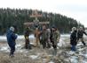 В поселке Сахалин установили поклонный крест