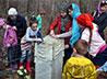 В преддверии Пасхи прихожане Вознесенского храма навели порядок на могилах священников