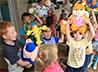 Сестры милосердия уктусского храма провели предновогоднюю акцию «Чужих детей не бывает»