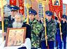Двухкилометровым Крестным ходом отправились жители Волчанска к Крещенской купели на озере