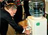 Кулер с Богоявленской водой установлен в Институте социально-экономического развития в Серове
