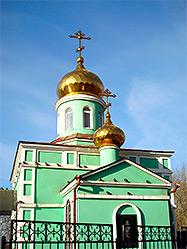 Екатеринбургские милиционеры воспрепятствовали краже икон из кладбищенской церкви Святой Ксении Петербургской