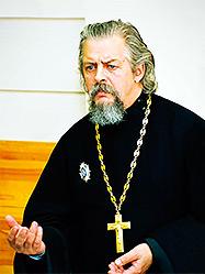 Беседа профессора-священника о Православии вызвала большой интерес у воспитанников медицинского училища Серова