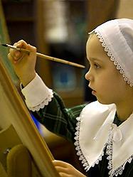 Более двухсот работ уже поступило в оргкомитет конкурса детского творчества «Красота Божьего мира»