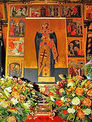 Около полумиллиона человек поклонилось великой святыне – мощам великомученицы Екатерины, посетившим уральскую столицу