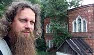 Игумен Лука (Степанов): В крестном знамении действительно запечатлен весь катехизис, вся красота вероучения